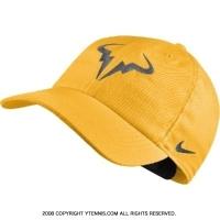ナイキ(Nike) 2018年 コート エアロビル H86 ラファエル・ナダル シグネチャーモデル ブルロゴ キャップ レーザーオレンジ